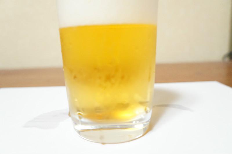 サッポロ生ビール黒ラベルの色