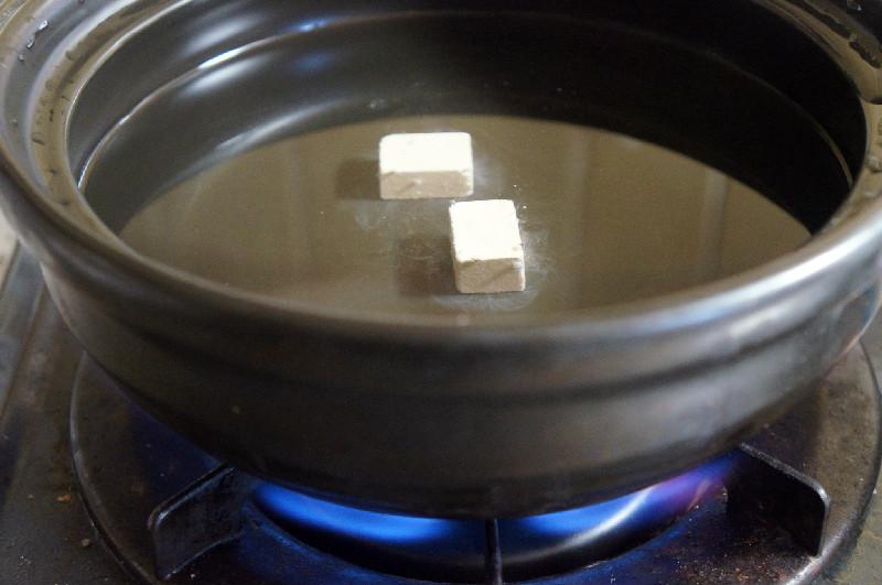 鍋に2個入れる